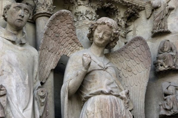 What is Gothic Sculpture