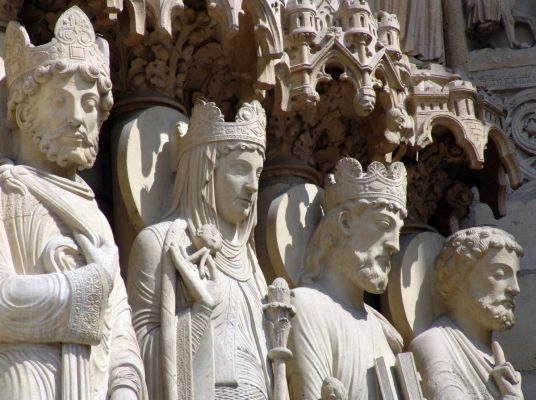 What is Sculpture in Christianity